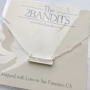 The 2Bandits Athens Necklace - Iridescent Bar